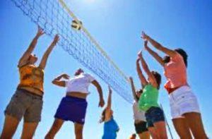 Partie de volley au Domaine d'Anglas